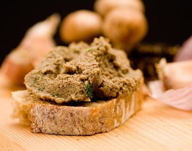 Икра из лисичек на зиму: рецепты приготовления на плите и в мультиварке с фото