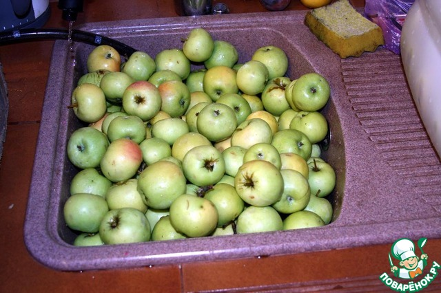 Яблоки моченые: 4 рецепта домашнего приготовления