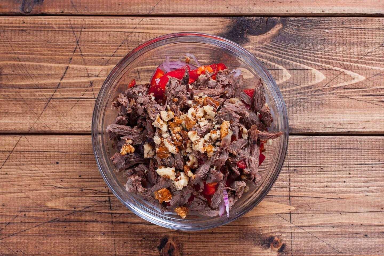 Салат с говядиной и фасолью – закуска в виде полноценного сытного блюда: рецепт с фото и видео