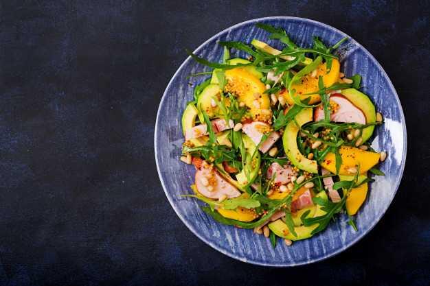 Салаты савокадо: 12рецептов пошагово, как приготовить скреветками, помидорами, красной рыбой икурицей
