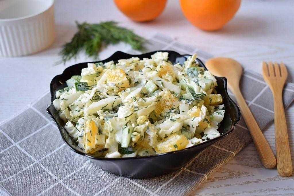 Салат с пекинской капустой и куриной грудкой – 12 рецептов как вкусно приготовить