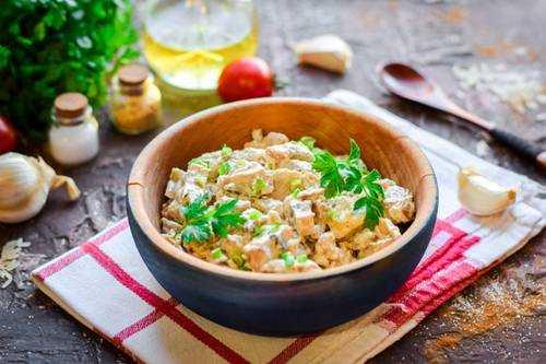 Шампиньоны в сливках в духовке, мультиварке, сковороде: фото, пошаговые рецепты приготовления блюд