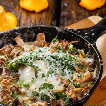 Жульен с грибами курицей и сметаной рецепт с фото пошагово и видео - 1000.menu