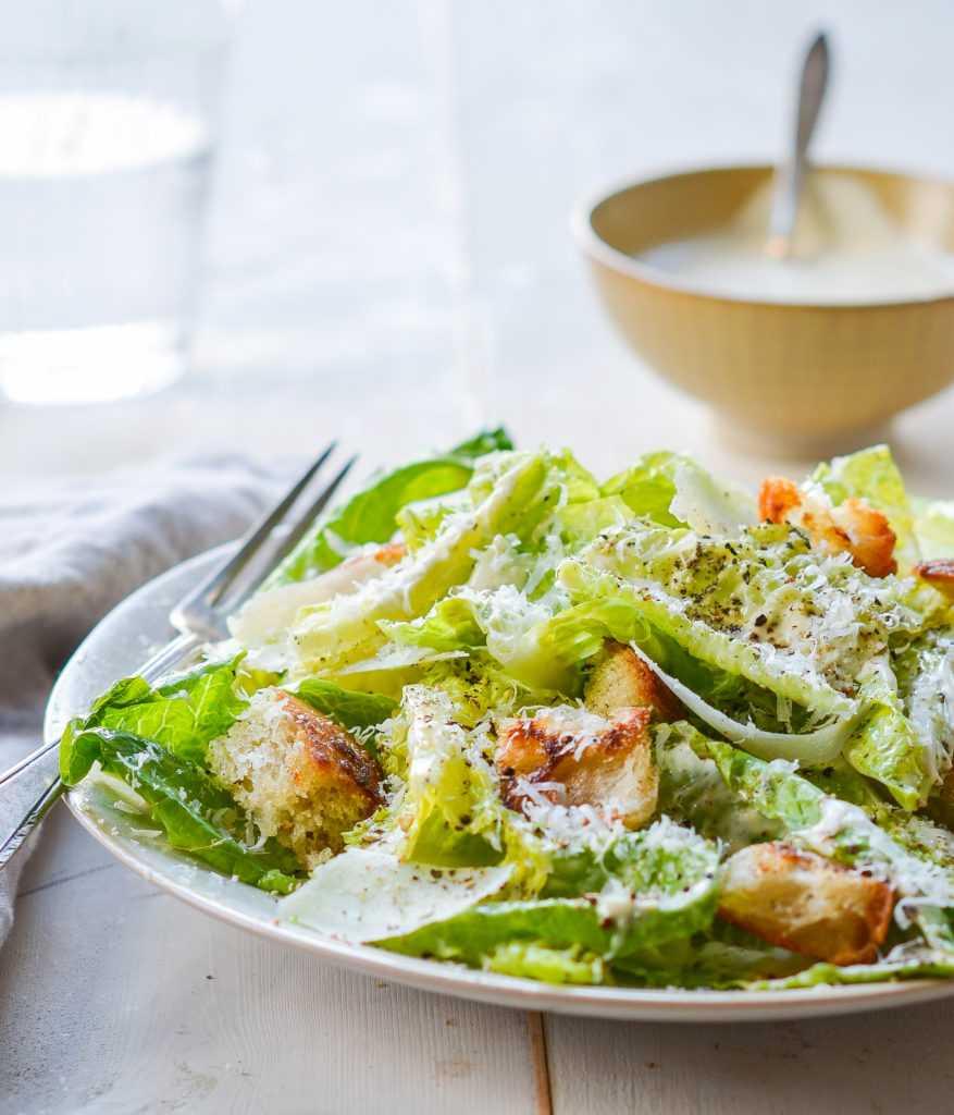 Желаете узнать, как лучше всего приготовить блюдо Заправка для салата Цезарь  пошаговые фото, состав, похожие салаты, порядок приготовления, советы, комментарии