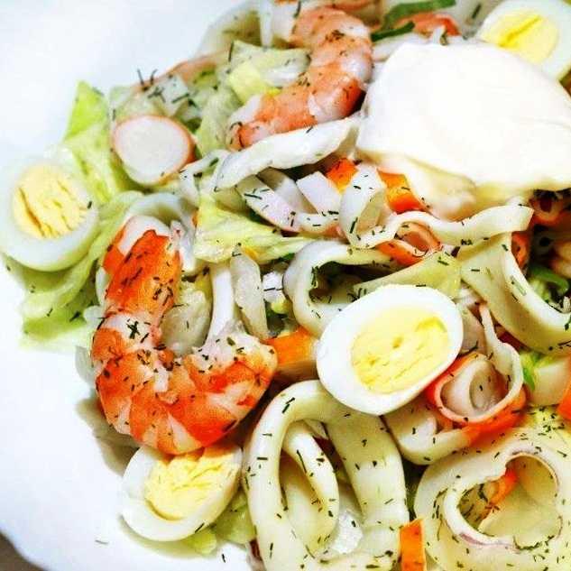 Рецепты салат жареный кальмар