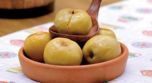 Мочёные яблоки на зиму - лучшие домашние рецепты приготовления