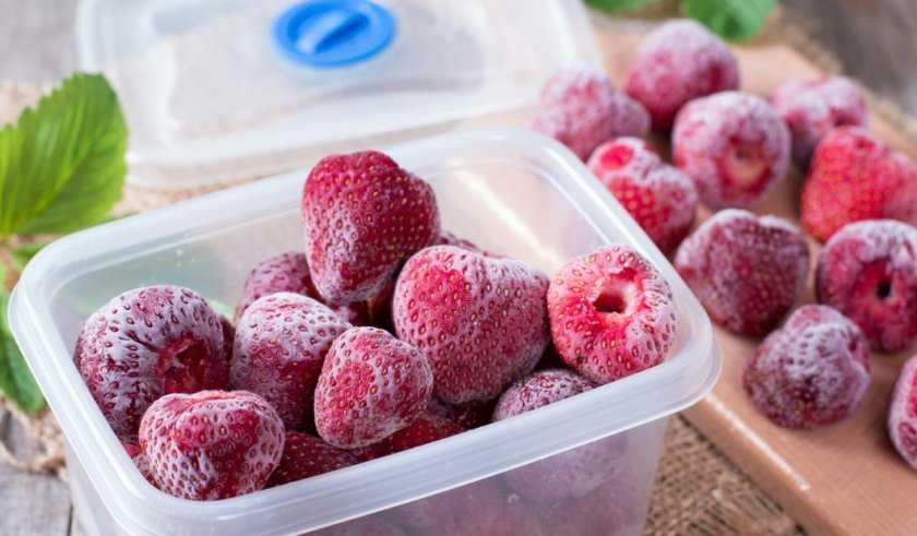 Можно ли замораживать вишню в холодильнике Полезные свойства ягоды Разные способы заморозки пошагово Правила хранения и разморозки вишни