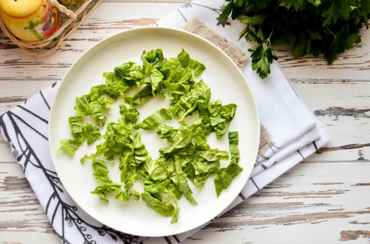 Салат из пекинской капусты с курицей – несколько идеальных решений: рецепт с фото и видео