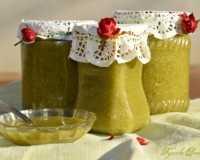 Полезные сладости: рецепт фейхоа с медом и несколько других вариантов
