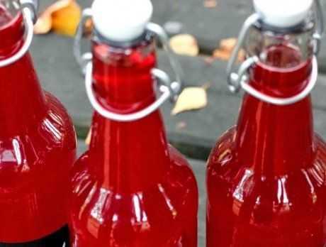 Варенье из голубики: правила выбора и предварительной обработки ягод, 14 вкусных и несложных рецептов домашних заготовок, условия и сроки хранения готового продукта.