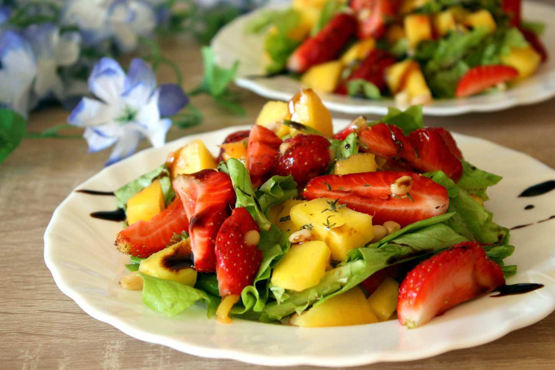 Салат из фруктов