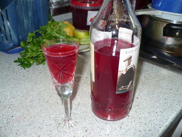 Рецепт клюквенной настойки на спирту