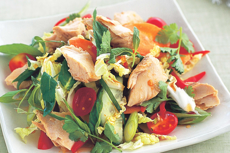 7 лучших салатов с омлетом