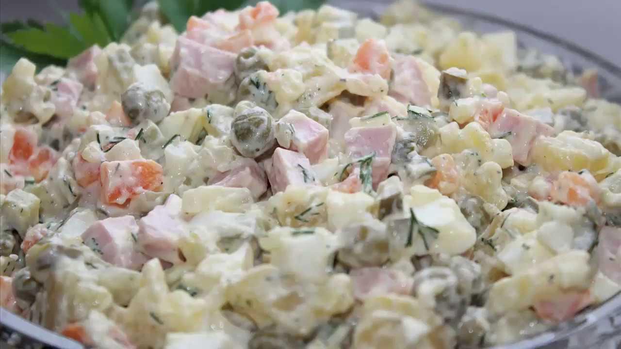 Как приготовить зимний салат с мясом?