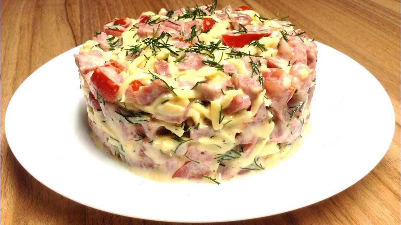 20 салатов с помидорами, перед которыми невозможно устоять