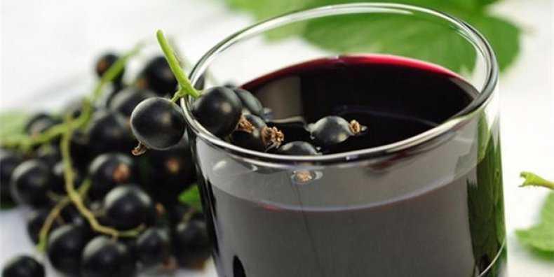 Самогонщикам на заметку: отличные рецепты настоек самогона на черной или красной смородине