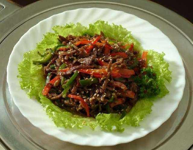 Салат с морковью и сухариками: 4 рецепта с фото вкусной и быстрой закуски