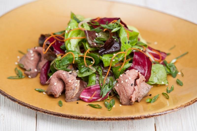 Салат из говядины и свеклы - 6 пошаговых фото в рецепте