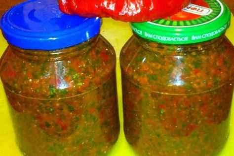 Квашеная белокочанная капуста с зелеными помидорами. разносолы из капусты. готовим, как профессионалы!