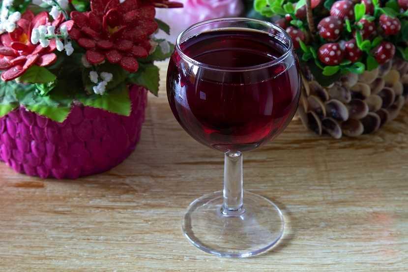 Сколько бродит вино: из винограда, яблочное, сливовое, из мезги (жмыха), из терна и т.д.