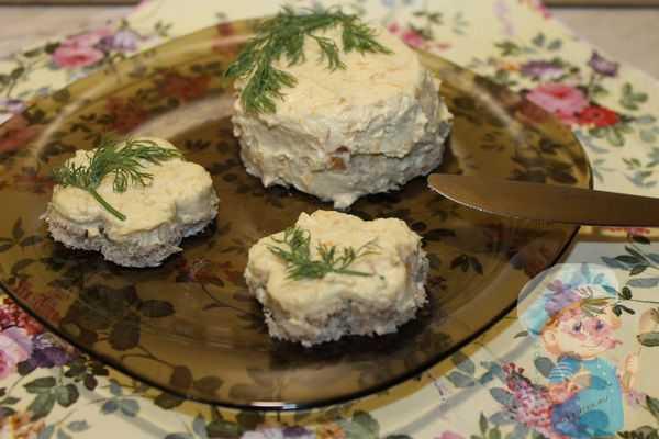 Паштет из соленой селедки - 10 классических рецептов (фото)