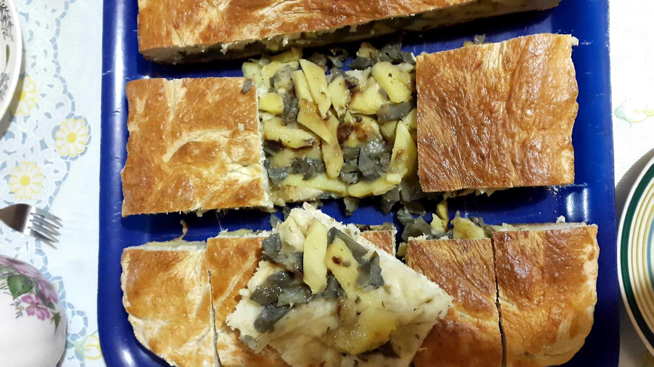 Пирожки с груздями солеными и свежими: как сделать начинку, рецепты - растения и огород