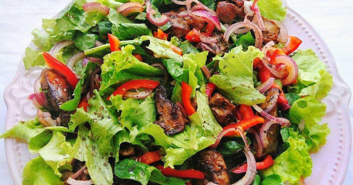 Салат вечер с грибами, корейской морковью и курицей