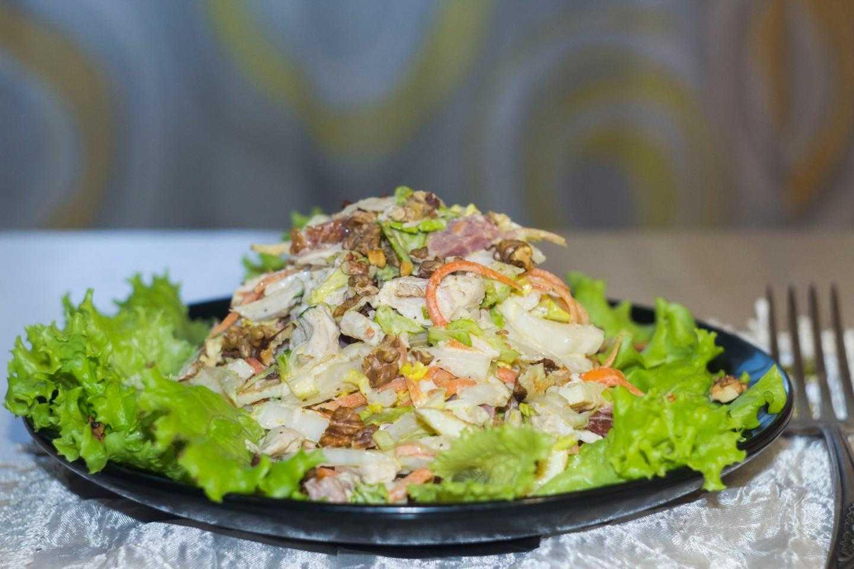 Как приготовить салат с сервелатом и корейской морковью: поиск по ингредиентам, советы, отзывы, пошаговые фото, подсчет калорий, изменение порций, похожие рецепты
