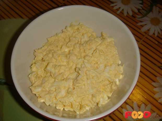 Еврейский салат - 7 рецептов с сыром, чесноком, пошагово с фото