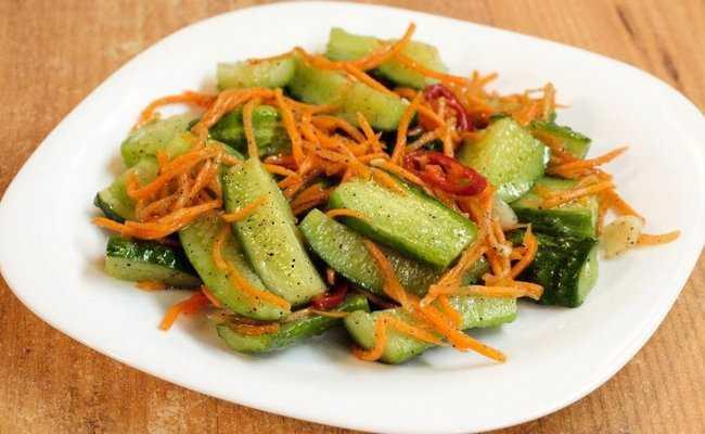 Самые вкусные рецепты огурцов, жареных по-корейски: советы по подбору продуктов, заготовка на зиму. Рецепты: классический, с крахмалом, чесноком, соевым соусом, луком, морковью, мясом.