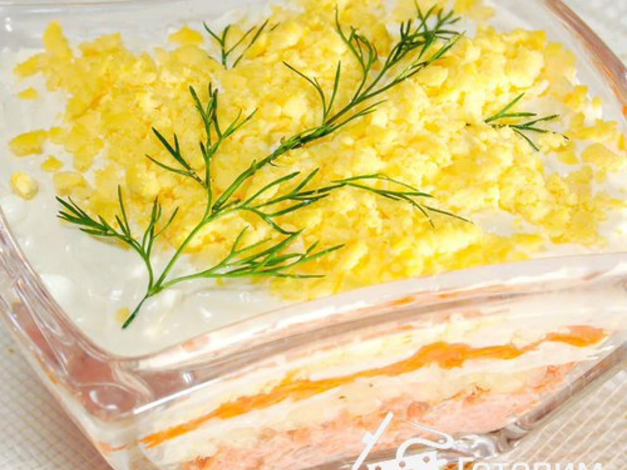 Салат мимоза с рыбными консервами - классические рецепты