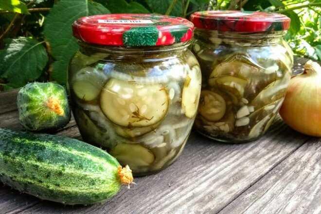 Маринованные огурцы дольками на зиму: лучшие рецепты хрустящих заготовок овощей кусочками со стерилизацией и без