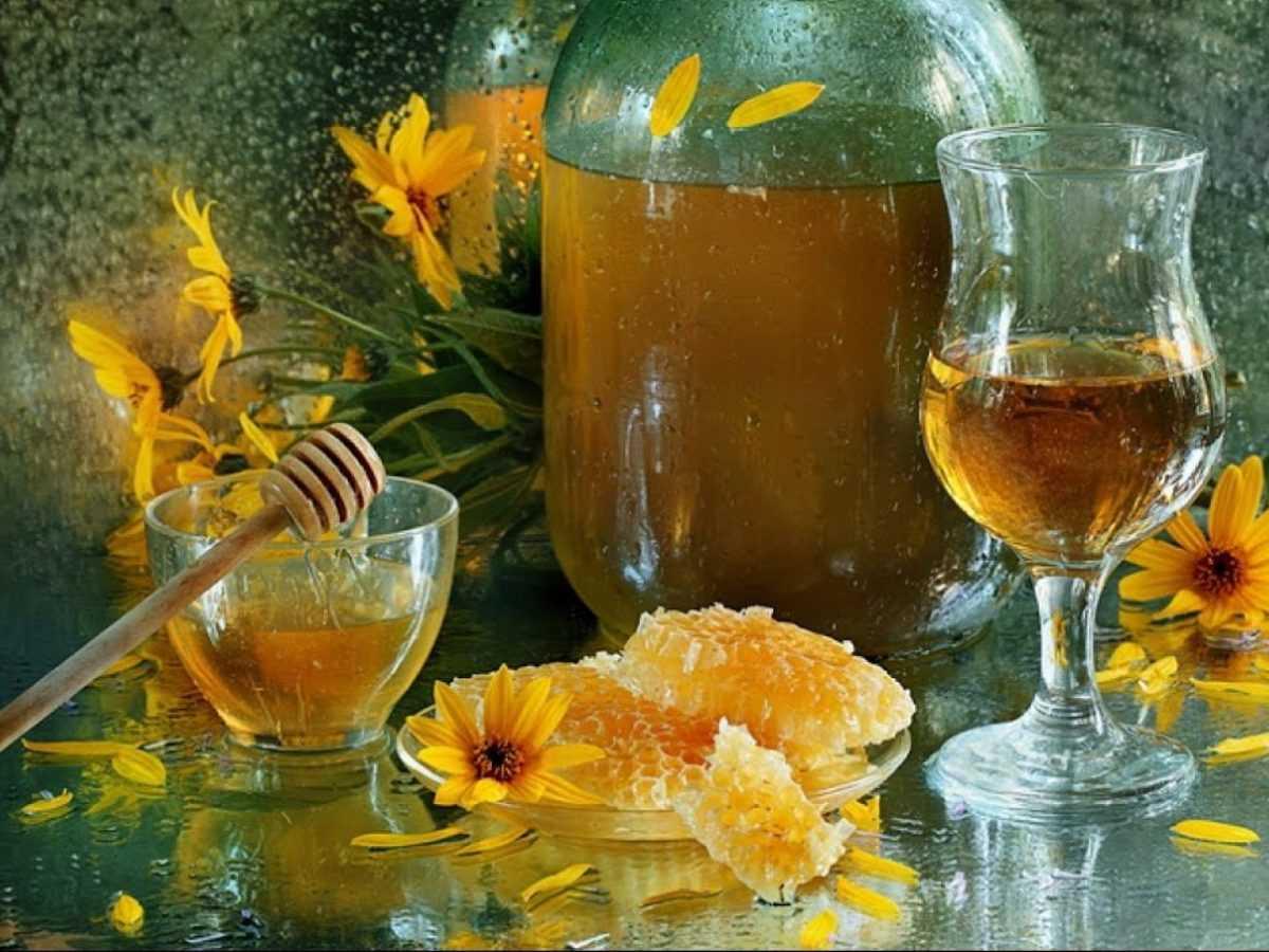 Медовуха из водки и меда: оригинальные рецепты приготовления