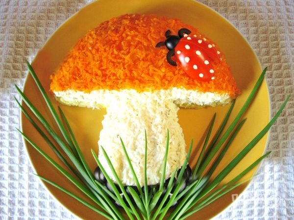 Салат помидоры грибы сыр рецепт с фото пошагово - 1000.menu
