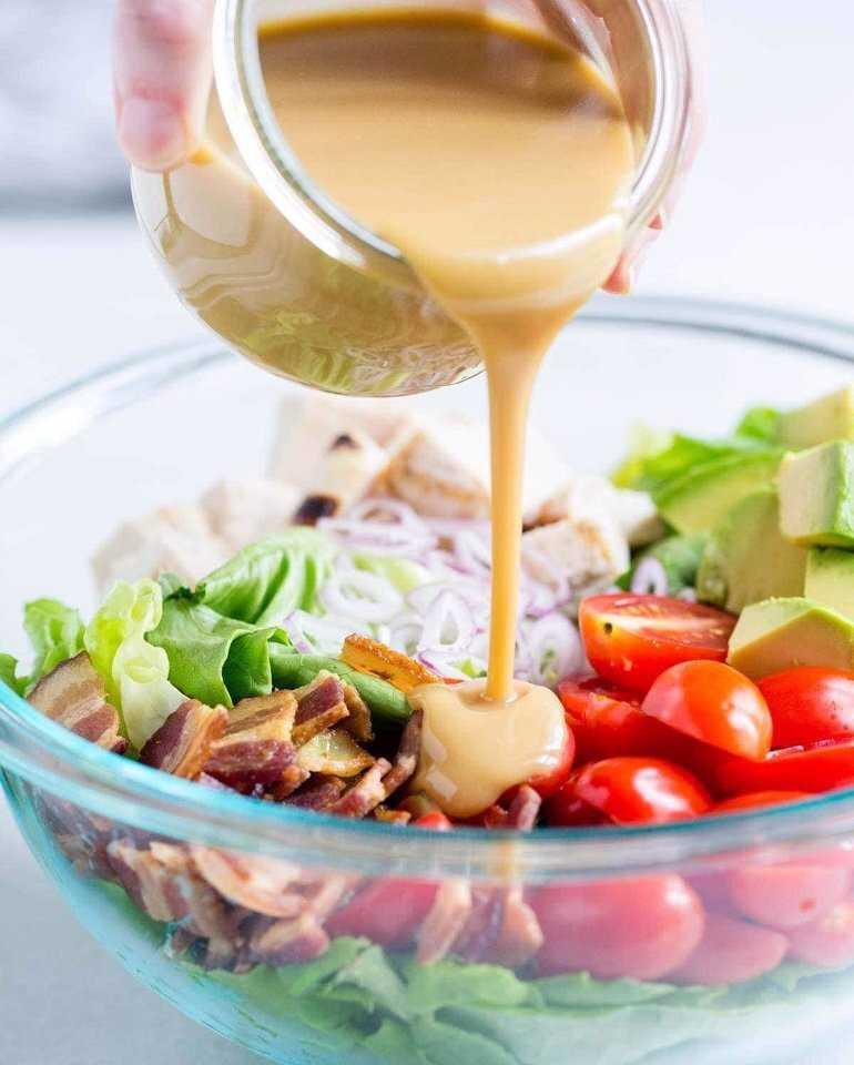 Горчичная заправка для салата - 10 вариантов приготовления