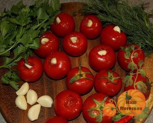 Рецепты консервирования помидоров с водкой на зиму пальчики оближешь