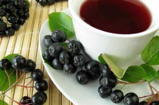 Варенье из черноплодной рябины на зиму: простой рецепт для сладкоежек