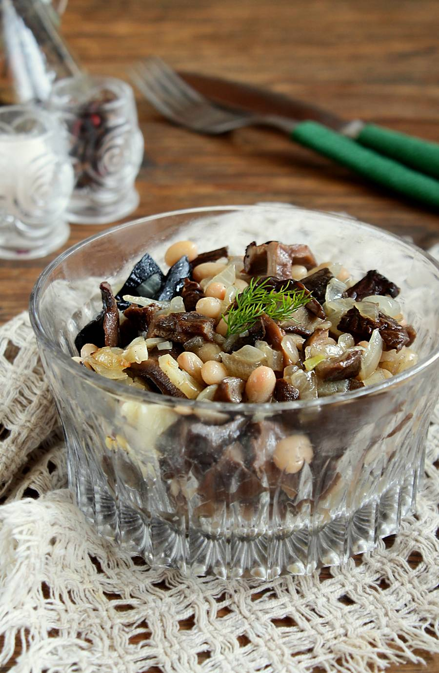 Постный салат из свежих шампиньонов