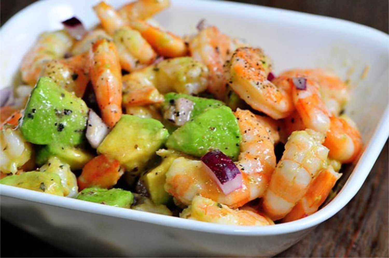 Салат с креветками и авокадо — 8 вкусных рецептов приготовления