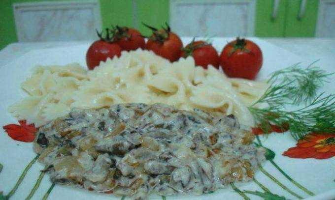 Грибной соус из сушеных грибов: рецепты приготовления со сметаной и молоком