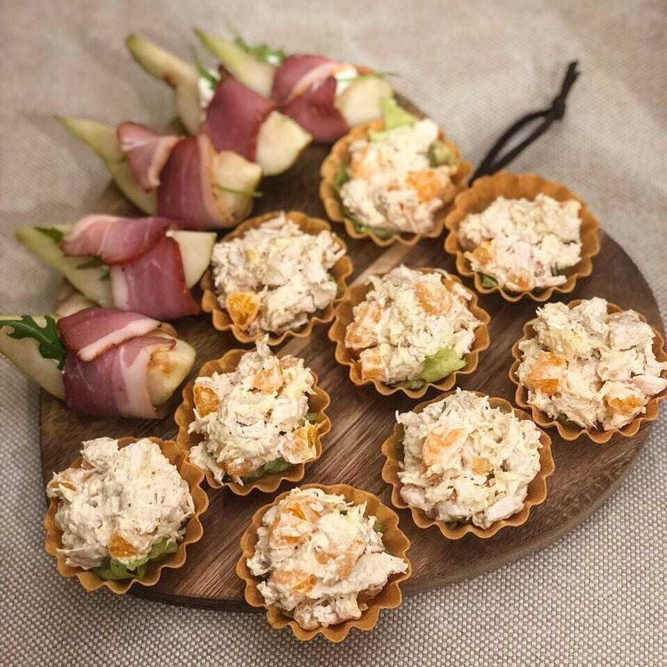 Тарталетки с копченой рыбой и огурцом салат рецепт с фото - 1000.menu