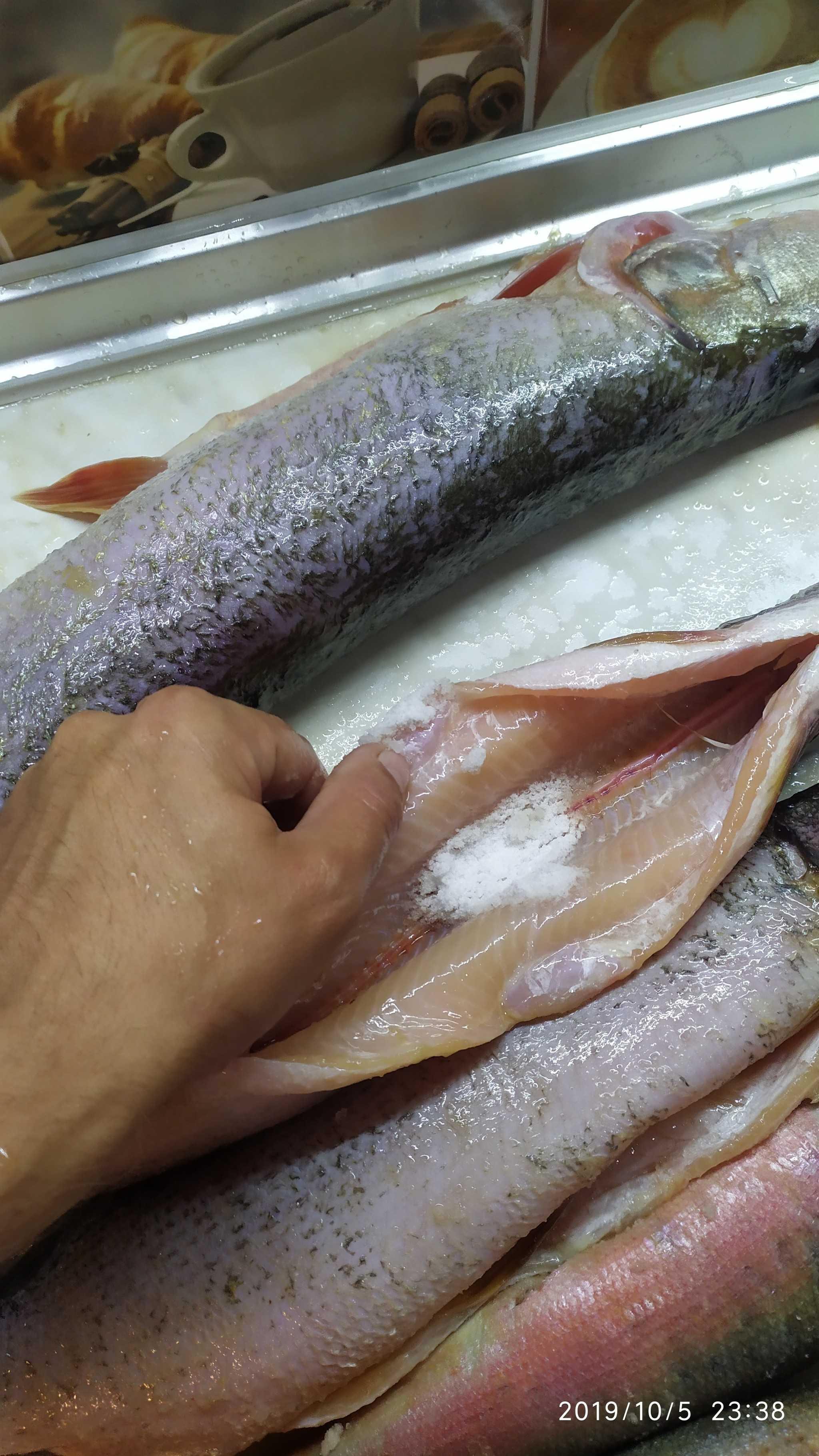 Как коптить щуку в домашних условиях: основные рецепты приготовления. Польза и возможный вред продукта. Выбор рыбы, ее предварительная подготовка.