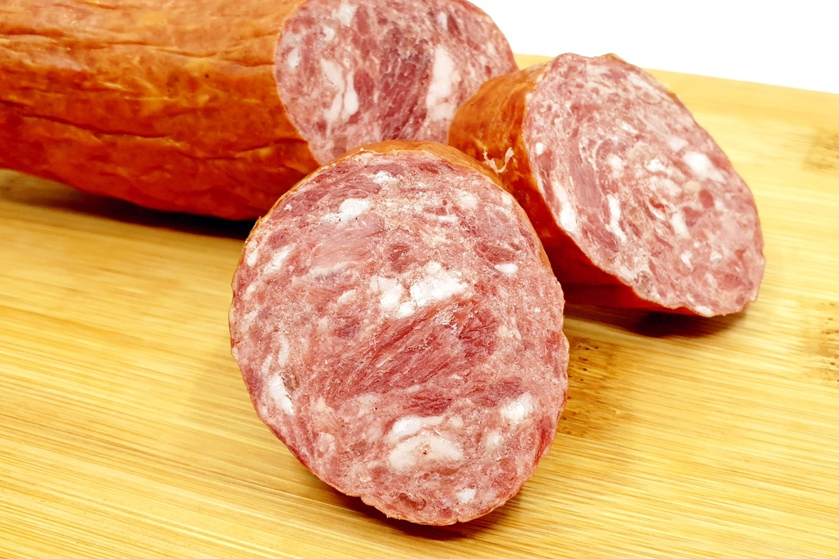 Хранение колбасы и колбасной продукции в холодильнике и морозилке