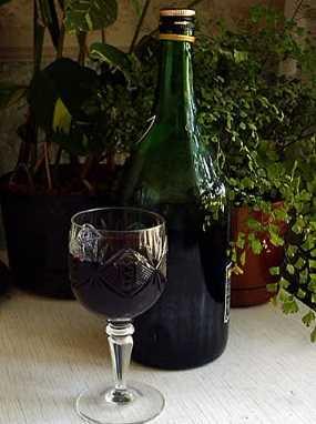 Домашний крем де кассис — ликер из черной смородины