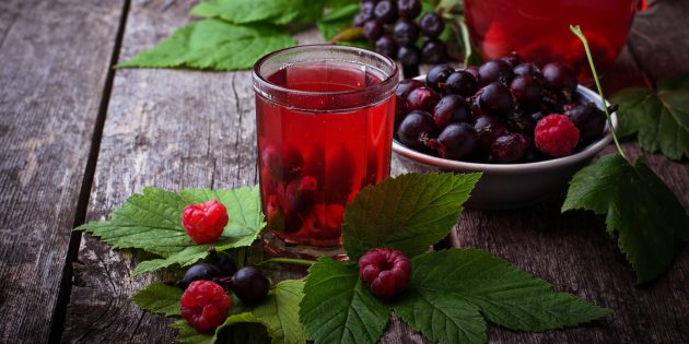 Компот из смородины на зиму: что нужно на 3-литровую банку, как приготовить с черной ягодой и простые рецепты без стерилизации
