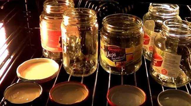 Стерилизация банок в духовке. топ-5 способов обеззараживания стеклянной тары   огородники