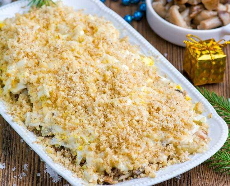 Салат с маринованными огурцами - 179 рецептов приготовления пошагово - 1000.menu
